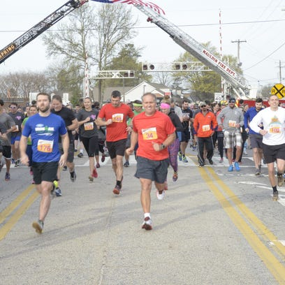 Runners participate in the Peacock Strides for Babies