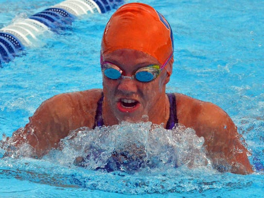 Cape Coral sophomore Chrstina Walch crusies the water