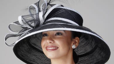 Divas Handbags & Accessories also has Derby hats, like this one from KakyCo.