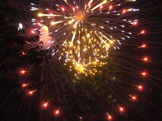 SPJ 0703 Fireworks_1.jpg