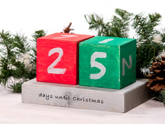 636481679606639396-Christmas-countdown-blocks-CJ1A7397.jpg