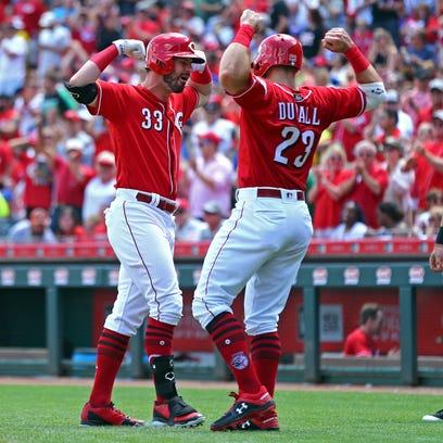 Lorenzen, Winker homers power Cincinnati Reds to 8-6 comeback win over Chicago Cubs