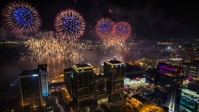 A view of the fireworks during Thunder Over Louisville from atop the Mercer Building downtown. April 21, 2018