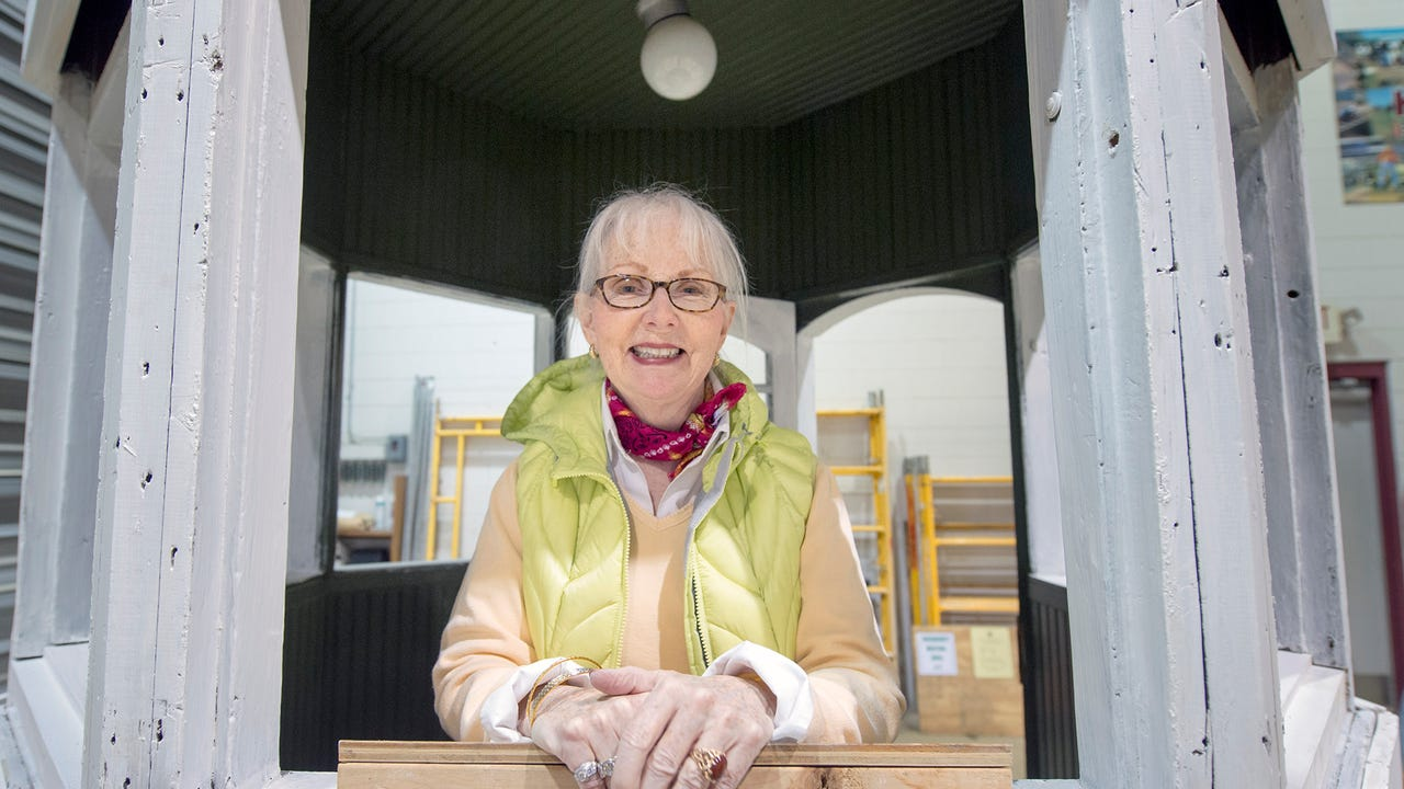Jerri Worley-Jadick, age 74, left York at age 30 and returned to live in an apartment overlooking Continental Square. She took on the task of rehabilitating the kiosk with the help of Kinsley Education Center and hopes to create a maintenance fund.