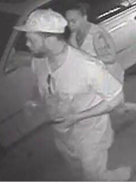 636167127563416645-car-burglary.jpg