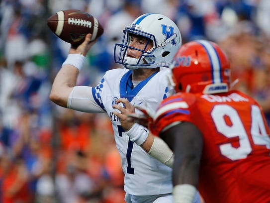 Kentucky's Drew Barker throws a pass against Florida during a 2016 game in Gainesville, Fla.