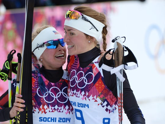 Sophie Caldwell (USA, right), and Jessica Diggins (USA)