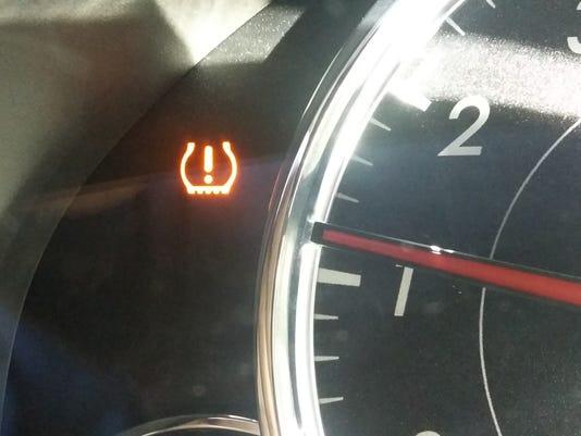Tire warning light