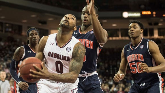 South Carolina guard Sindarius Thornwell (0) attempts