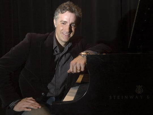 Eric Mintel of the Eric Mintel Quartet will bring his new show of TV theme songs to Wilmington this weekend.