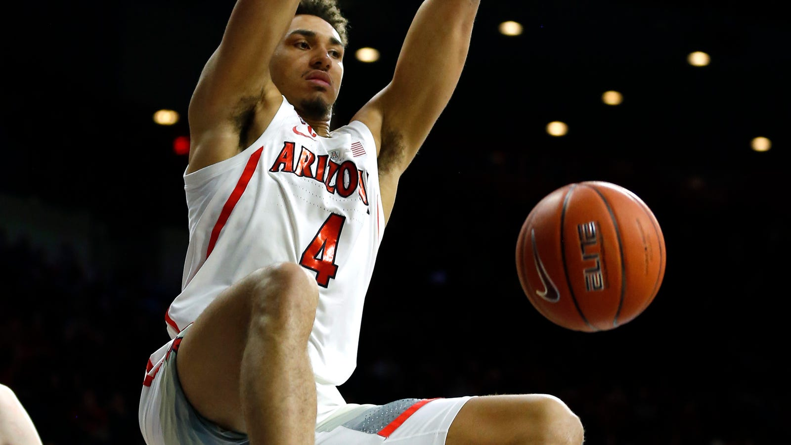 Arizona ends 7-game losing streak with 76-51 win over Cal
