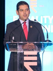 Congressman Raul Ruiz (D) introduces EQCA Executive