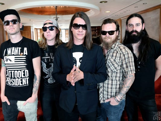 Red Jumpsuit Apparatus 2014 Official Photo.JPG