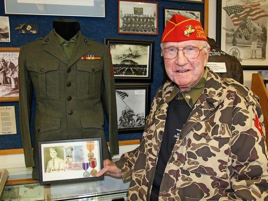World-War-II-veteran-Walter-Kocielski.jpg