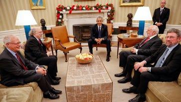 Obama congratulates Nobel laureates — minus Dylan