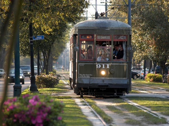 A New Orleans streetcar.