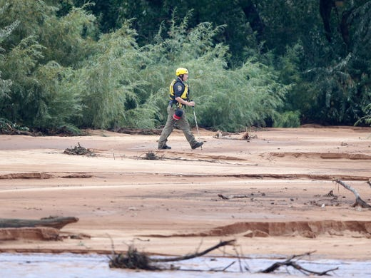 Hikers' bodies found, flash floods toll rises