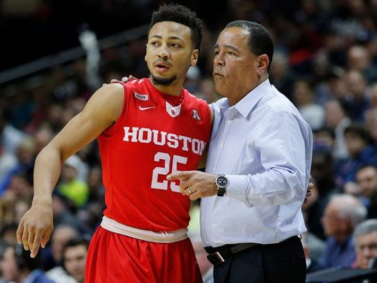 Can Kelvin Sampson pilot Houston to the NCAAs? The