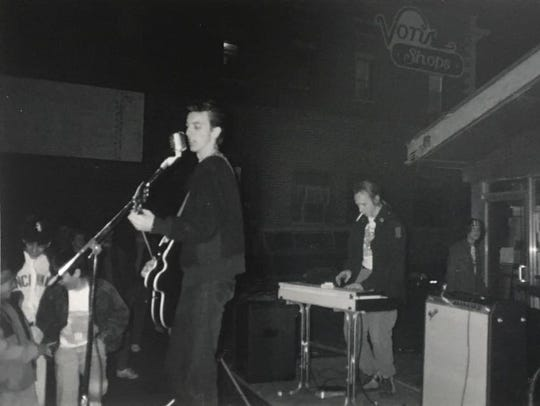 Jay McDowell, left, John Delworth and the Shindigs