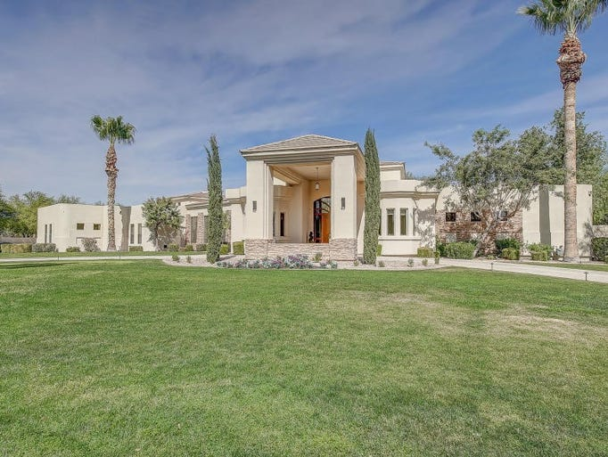 paradise valley single guys Rarely available single level town home in the highly miss this opportunity to own this very special location in paradise valley you guys are the best.