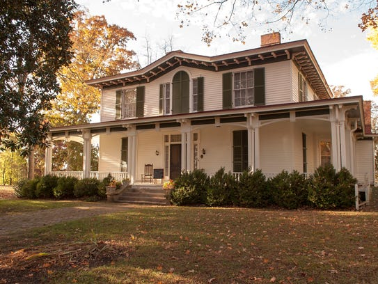 Mabry-Hazen house, 1711 Dandridge Ave. on the outskirts of downtown, is listed on the National Register of Historic Places. Built in 1858 and housing three generations of the same family from 1858-1987, the Mabry-Hazen House served as headquarters for both Union and Confederate forces during the Civil War.