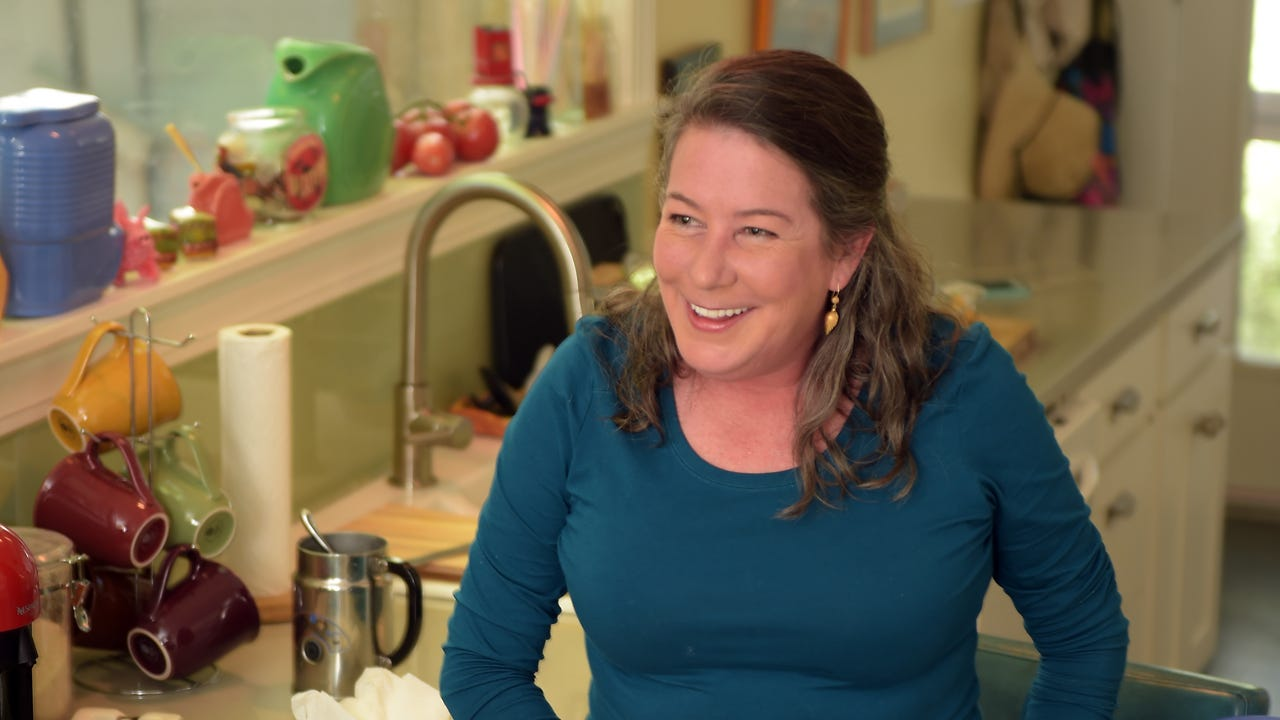 Follow along with James Beard Award-winning cookbook author Martha Foose as she cooks sugar lump biscuits with a smile.
