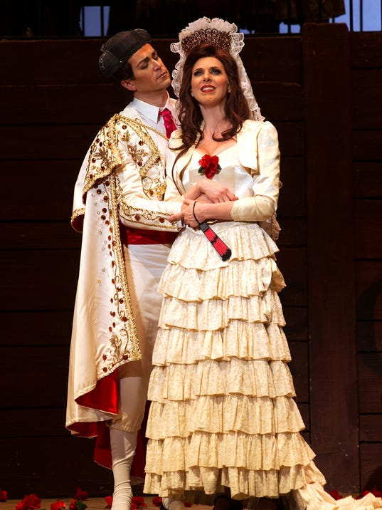 Carmen and Escamillo.jpg