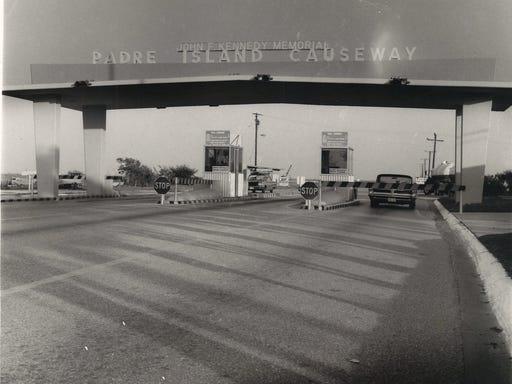 THROWBACK THURSDAY: History of JFK Causeway in Corpus Christi