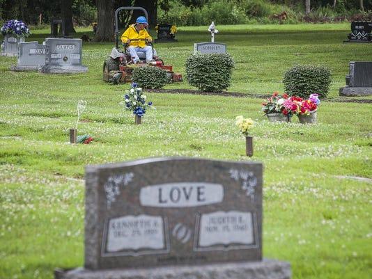 Amelia cemetery326