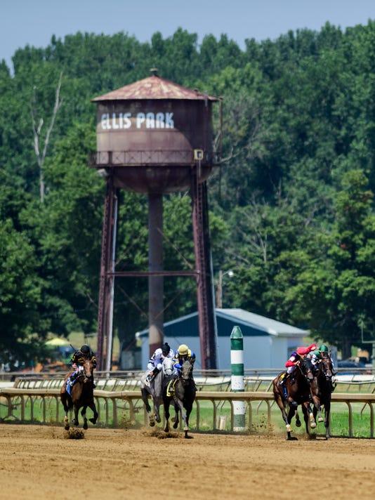 5 Ellis Park Racing
