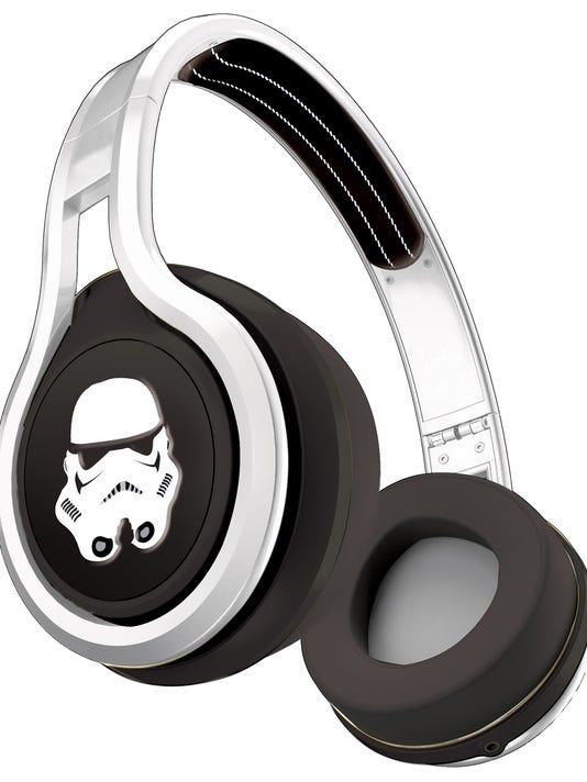 1Star Wars Headphonees (SMS Audio) - Stormtrooper.jpg_20140522.jpg
