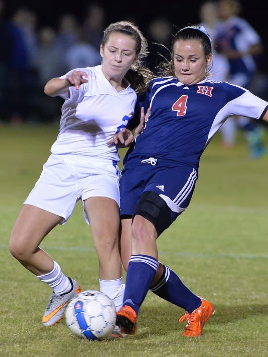 635805609878019798-WH-WHHS-Girls-Soccer-4