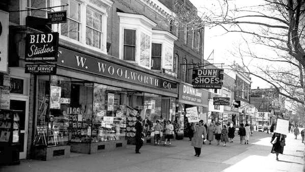 April 1960, members of the Vineland NAACP picketed the Woolworth store on Landis Avenue.