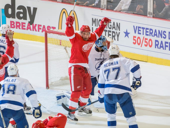 Detroit Red Wings  left wing Justin Abdelkader celebrates