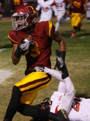 Deshaun Staples had six receptions for 208 yards and three touchdowns in Oxnard's 47-34 win over Westlake on Friday night.