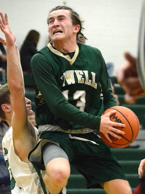Howell's Johnny Shields scored 16 points in a 70-55 victory at Novi on Friday, Dec. 15, 2017.