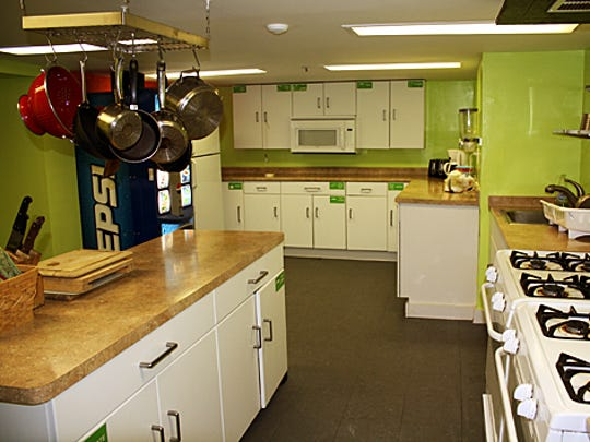 Hostels are very much self-serve accomodations, and most have a commual kitchen that is equipped with all cooking needs, including Apple Hostels of Philadelphia.