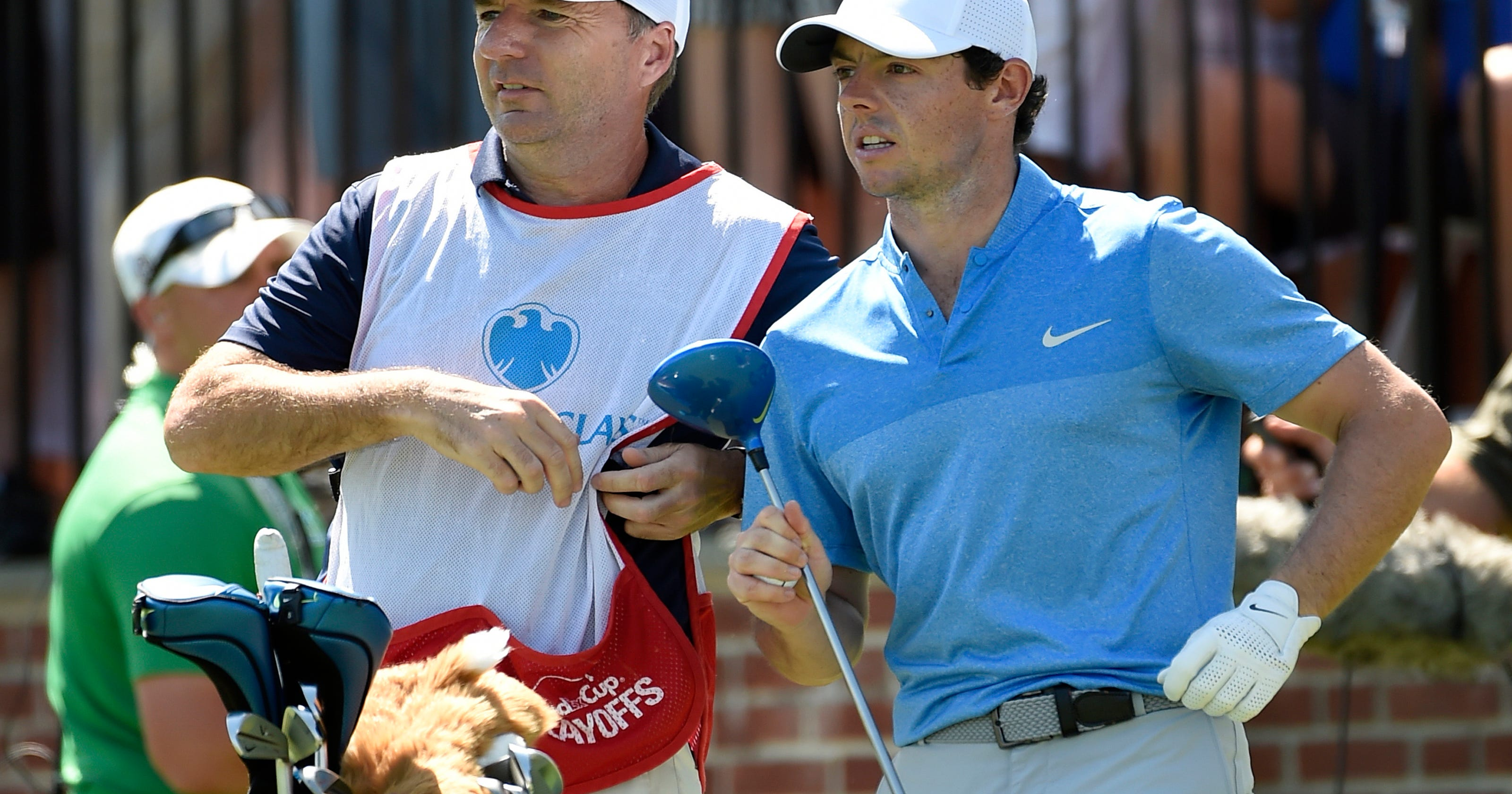 Rory McIlroy s caddie cashes in on FedEx Cup 37f45548b4f
