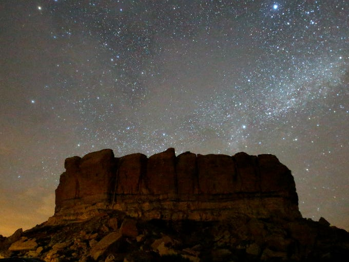 Stars illuminate the sky around Chaco Culture National