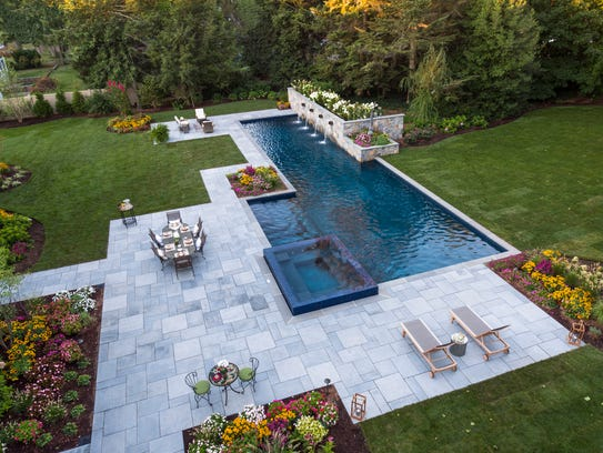 Ridgewood backyard designed by Thomas Flint, Thomas