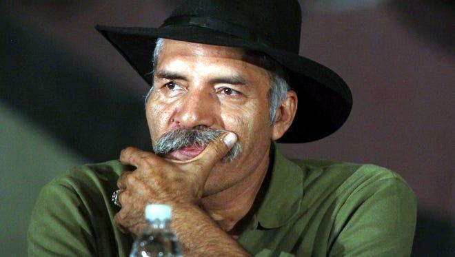 La defensa de José Manuel Mireles solicitó al juez autorizar su traslado del penal federal de Hermosillo, Sonora, donde fue recluido tras su captura el 27 de junio de 2014, a la prisión michoacana de Mil Cumbres.
