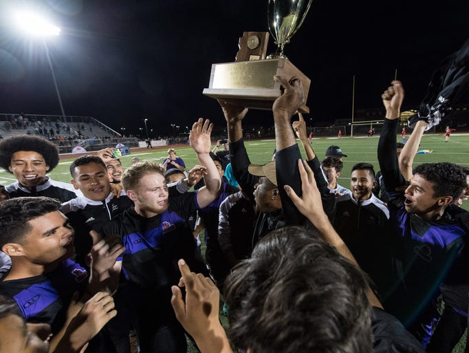 North Canyon receive their 5A Conference state championship