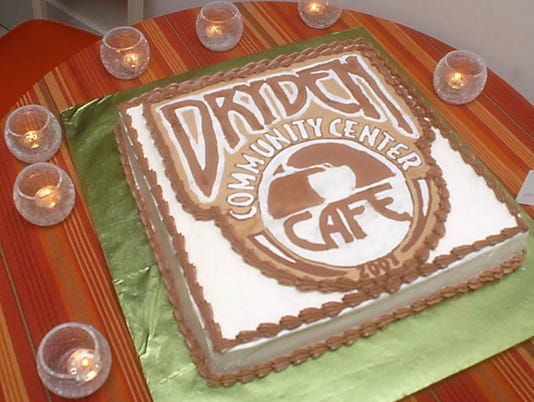 636560938352590695-Cake.jpg