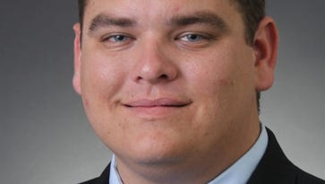 Leon: Youth, knowledge and experience for Cape Coral council incumbent candidacy