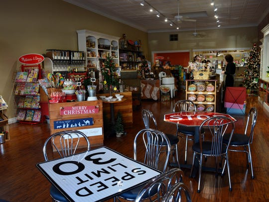 Sweet Destination offers a variety of treats from candy to popcorn, coffee pastries and tea. It also has toys, children's books, infant clothes and accessories.