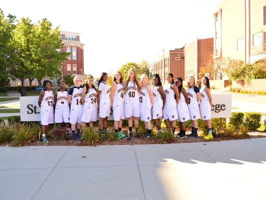 Womens Basketball Team 2014-15.JPG