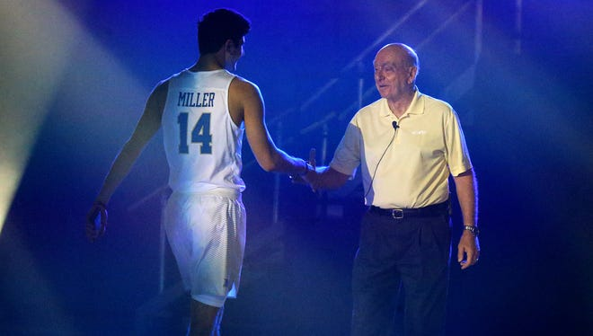 MTSU's Chase Miller (14) meets with ESPN analyst Dick Vitale at Murphy Madness on Thursday.