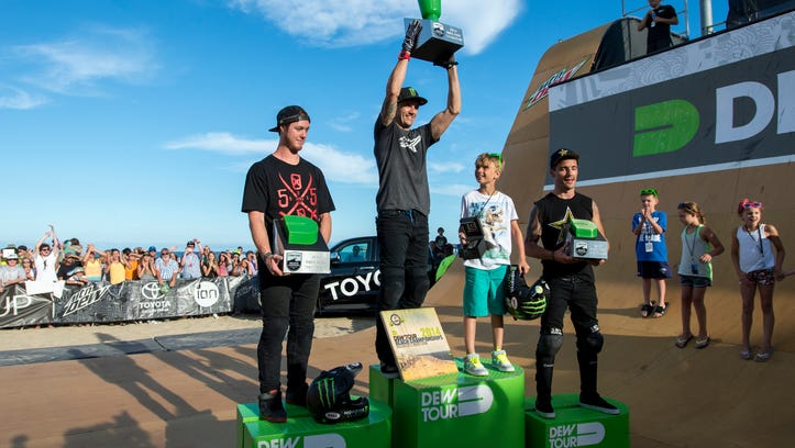 Jamie Bestwick takes his second run, clinching his tenth Dew Tour vert championship. Bestwick put up a top run score of 90.75. Taking second place was Vince Byron, left, with a 90.00 and in third was Simon Tabron with an 86.00.
