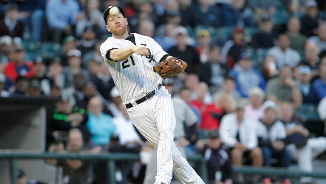 Chicago White Sox third baseman Todd Frazier makes a play during the third inning against the New York Yankees at Guaranteed Rate Field.