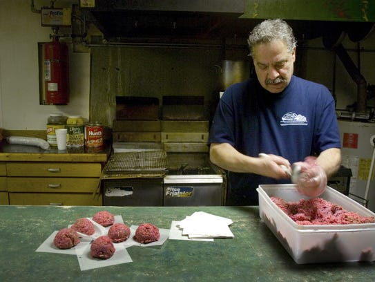 Jim Nucelli at Jim and Ralph's in 2008, making ground
